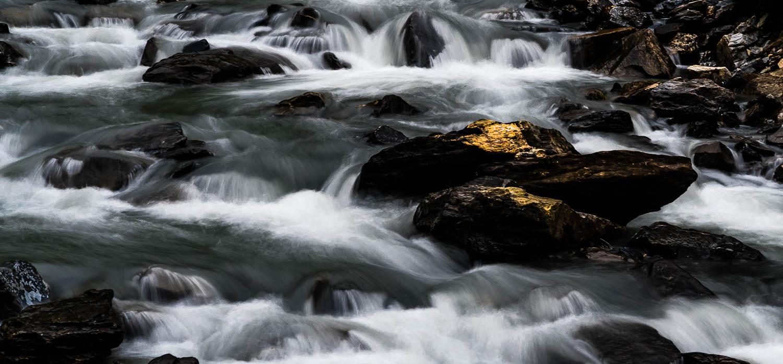 Sanftes wildes Wasser